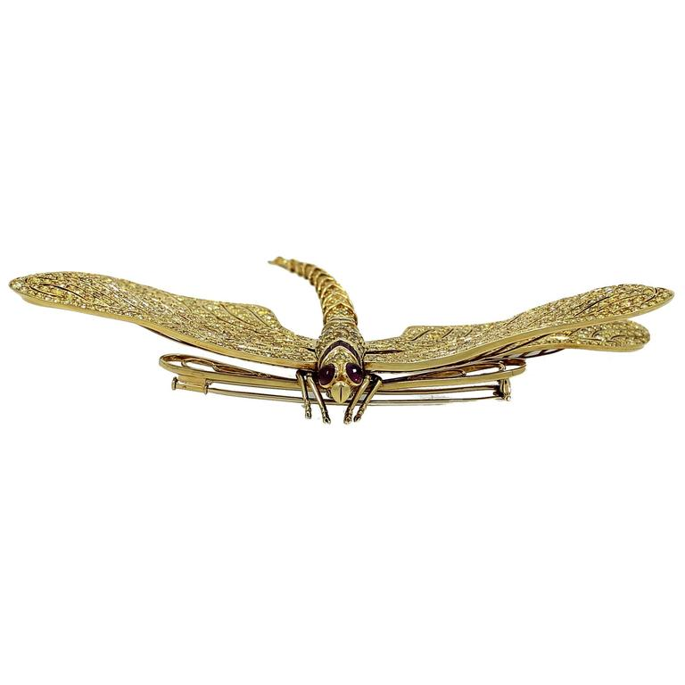 Fred Leighton 1980s Yellow Diamond Gold Tremblant Dragonfly Pin