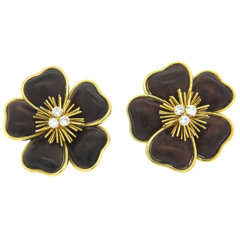 Van Cleef Arpels Clematis Wood Diamond Gold Large Flower Earrings For