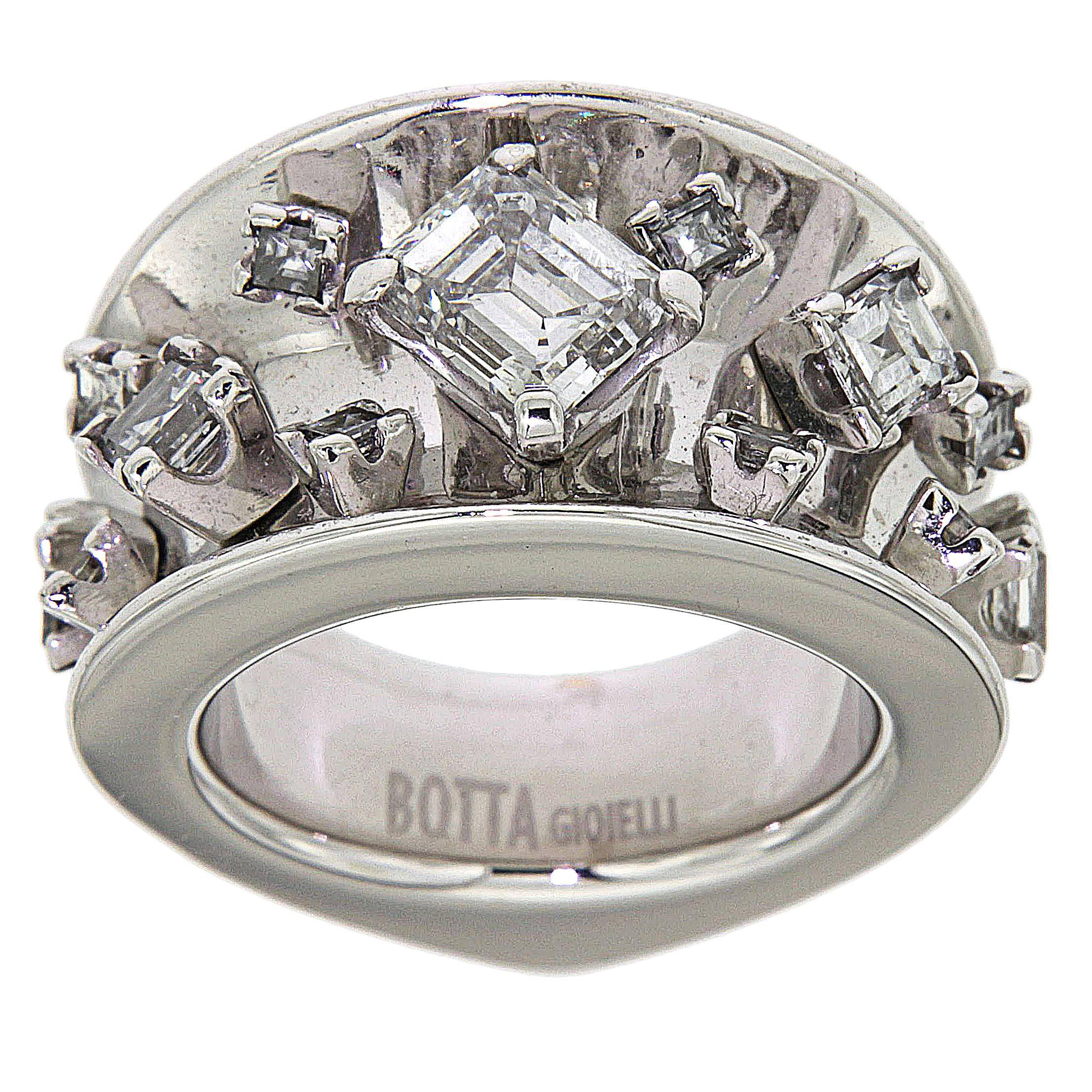 GIA Certified 1.36 Carat Diamonds 18K White Gold Cocktail Ring Made in Italy