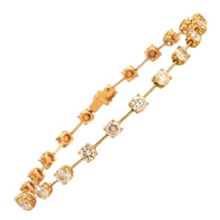 Light Yellow Diamond Gold  Link Bracelet