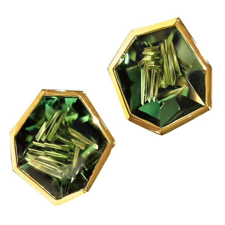 Atelier Munsteiner One of a Kind Faceted Green Tourmaline Gold Shuriken Earring 1