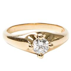 Corona Solitaire Yellow Gold Ring