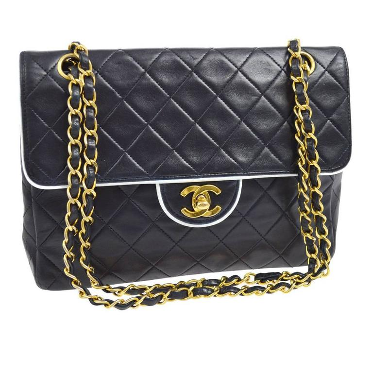 ad127fae8683 Chanel Vintage Two Tone White Piping Lambskin Leather Evening Clutch Flap  Bag For Sale