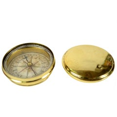 Small Travel Brass Compass English Manufacture of the Mid-19th Century