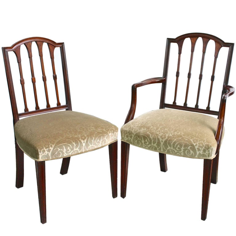 EIGHT American Hepplewhite Revival Dining Chairs For Sale