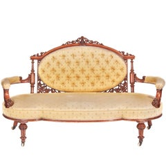 Fantastic Victorian Carved Walnut Settee