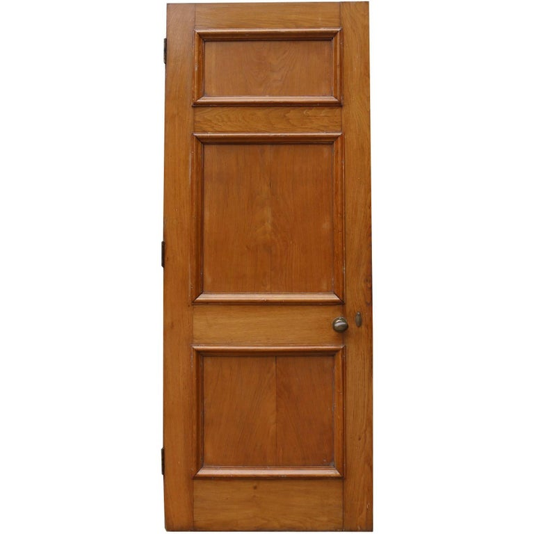 Set Of Three 1920s Oak Internal Doors With Frames And Architrave For