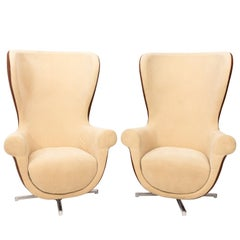 "Pair of Mid-Century Modern ""Egg Chairs"""