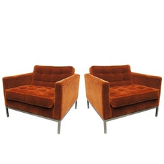Pair of Lounge Chairs by Florence Knoll
