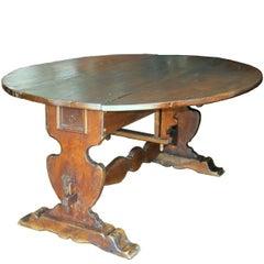 Tuscan Walnut Drop-Leaf Centre Table, circa 1850