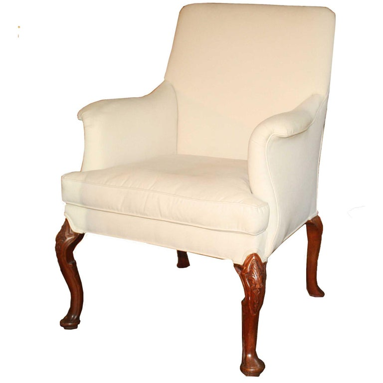 George II Walnut-Leg Armchair For Sale