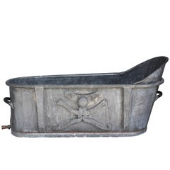 French Empire Bath Tub in Zinc with Embossed Design