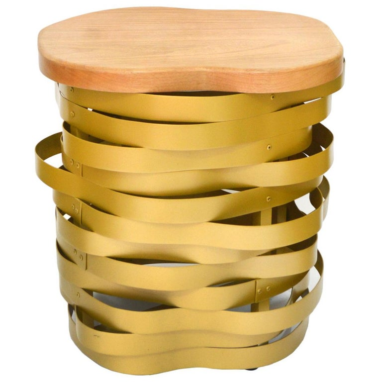 Golden Aluminum Bench or Stool, Ondulação