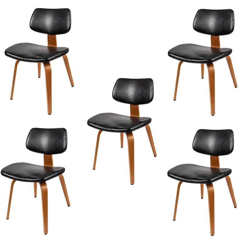 Set of Five 1950s Thonet Bentwood Chairs For Sale
