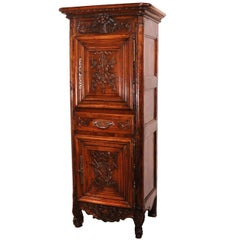 19th Century Louis XV French Carved Walnut Homme-Debout Cabinet from Provence