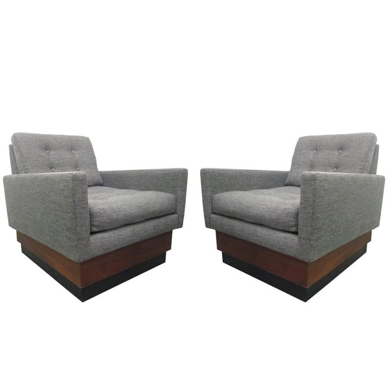 Pair of Lounge Chairs on Plinth Base 1