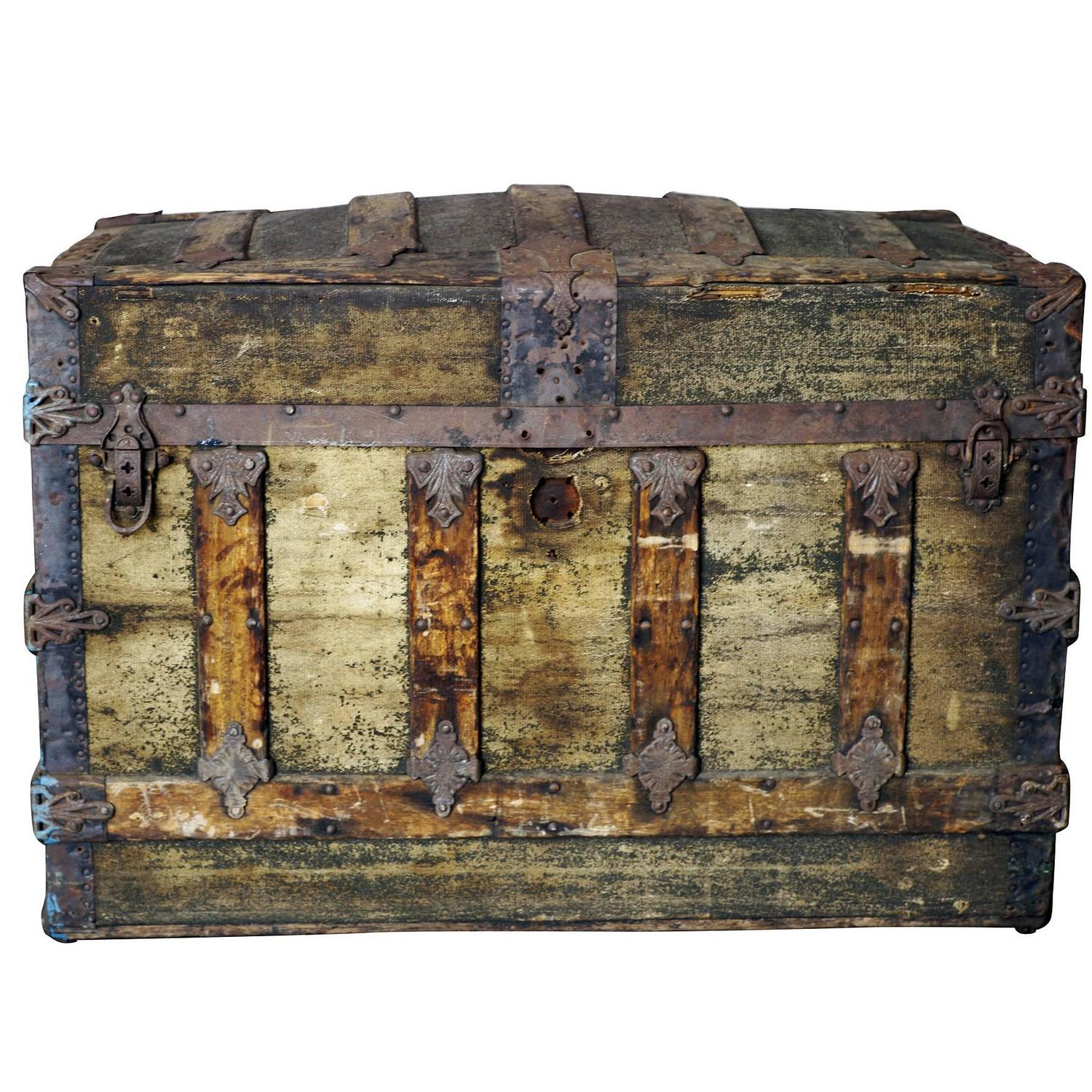 Steamer Trunk Furniture Rustic Victorian Dome Top Saratoga Steamer Trunk Saturday Sale