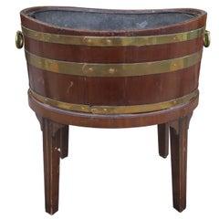 Early 19th Century English George III Style Mahogany Wine Cellarette