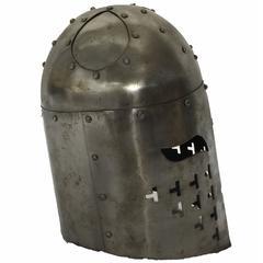Knight Metal Helmut