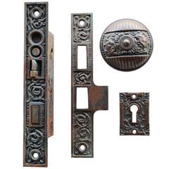 """Reading Hardware """"Columbian"""" Pattern Complete Door Set"""
