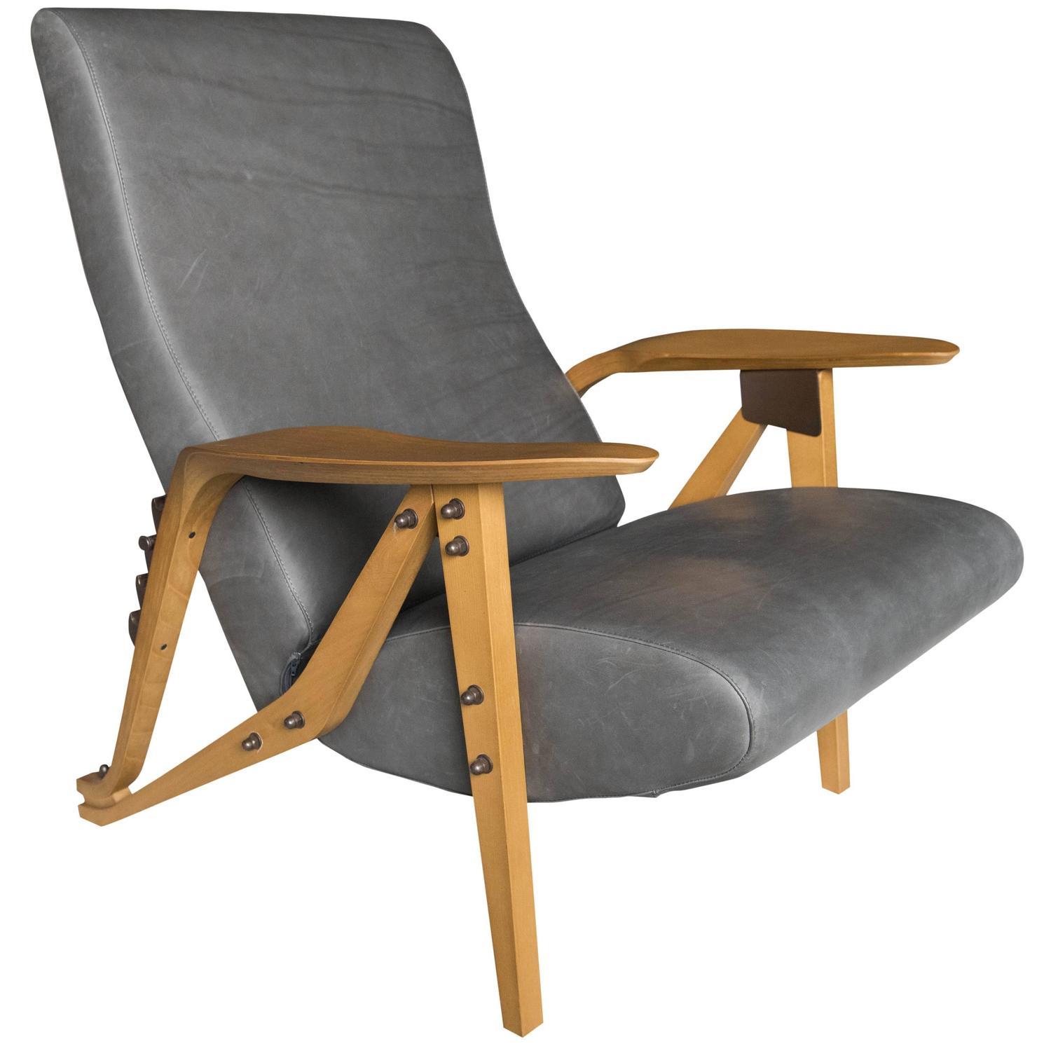 Zanotta gilda armchair for sale at 1stdibs for Poltrone zanotta