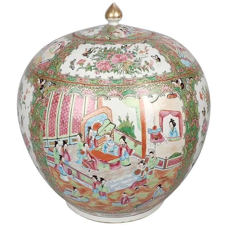 Very Large 19th Century Rose Medallion Chinese Porcelain Lidded Melon Jar or Urn