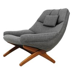Illum wikkels brown leather three seater sofa at 1stdibs for Lounge chair kopie