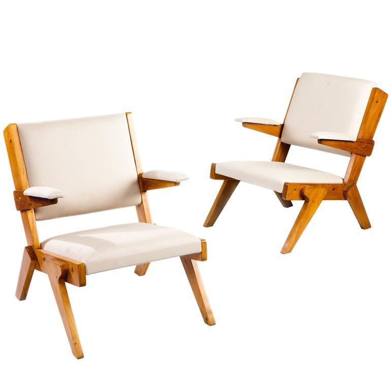Pair of Brazilian Modern Armchairs by Lina Bo Bardi