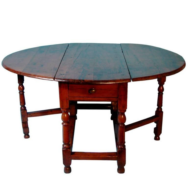 Exceptionnel Rare English Yew Wood Drop  Leaf Table For Sale