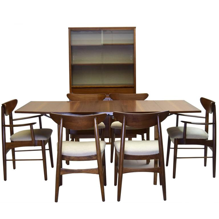 Nine piece dining suite includes china cabinet stanley