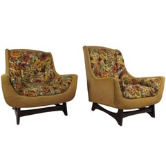 Mid-Century Modern His and Her Style Lounge Chairs