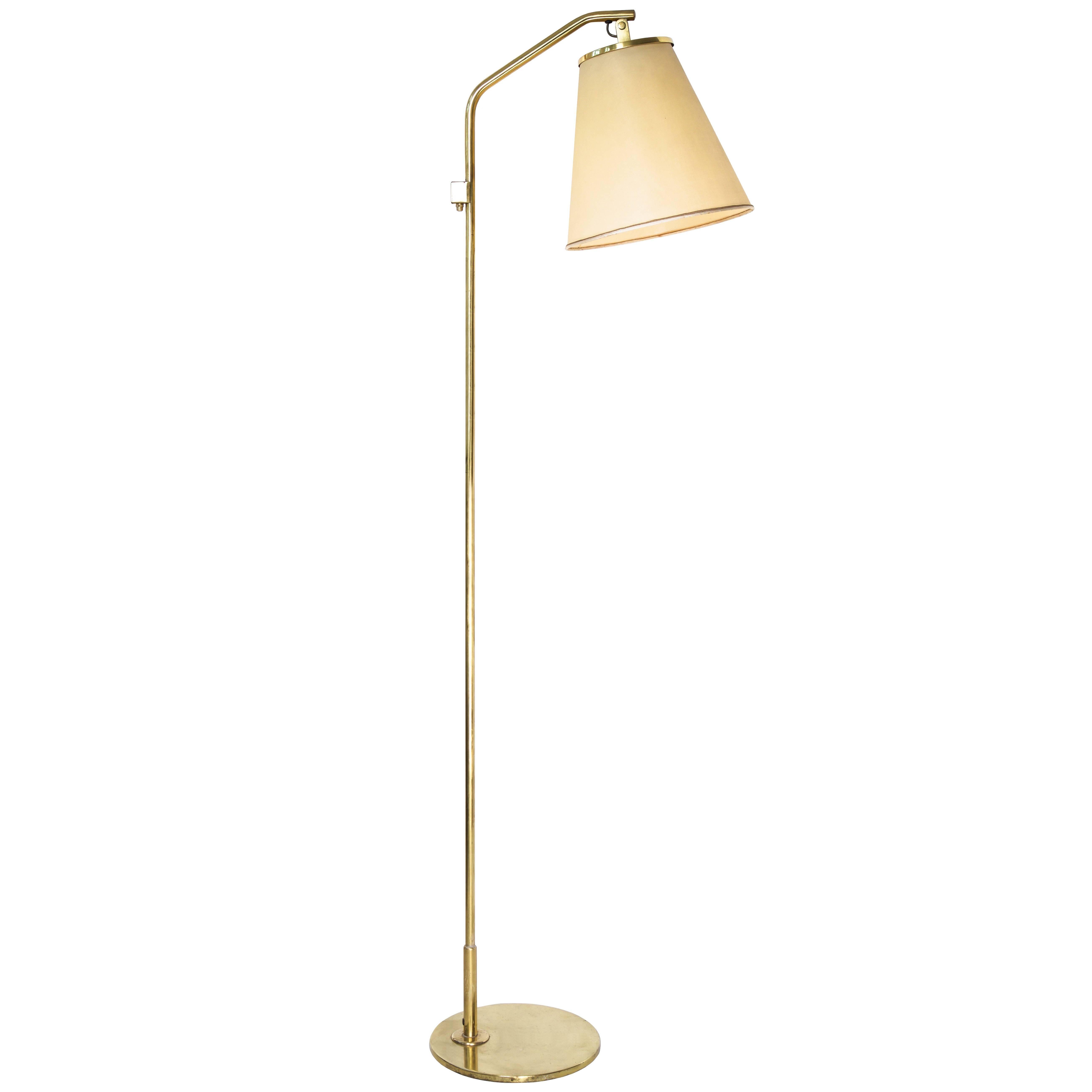Paavo Tynell Floor Lamp Model 9613, Taito Oy, 1940s