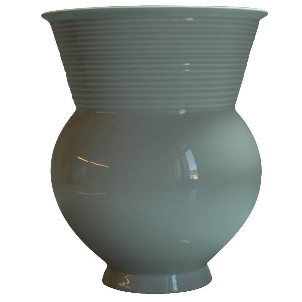 Hallesche Form Vase By Marguerite Friedl 228 Nder For Kpm At