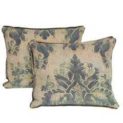 Pair of Rectangular Glicine Pattern Fortuny Fabric Cushions