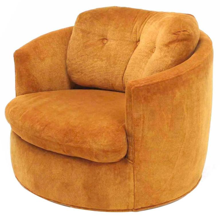Mid-Century Modern Round Barrel Back Swivel Lounge Chair ...