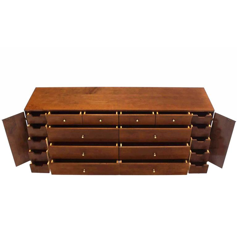 Extra Long Mid Century Modern Planner Group Paul McCobb Dresser 20 Drawers