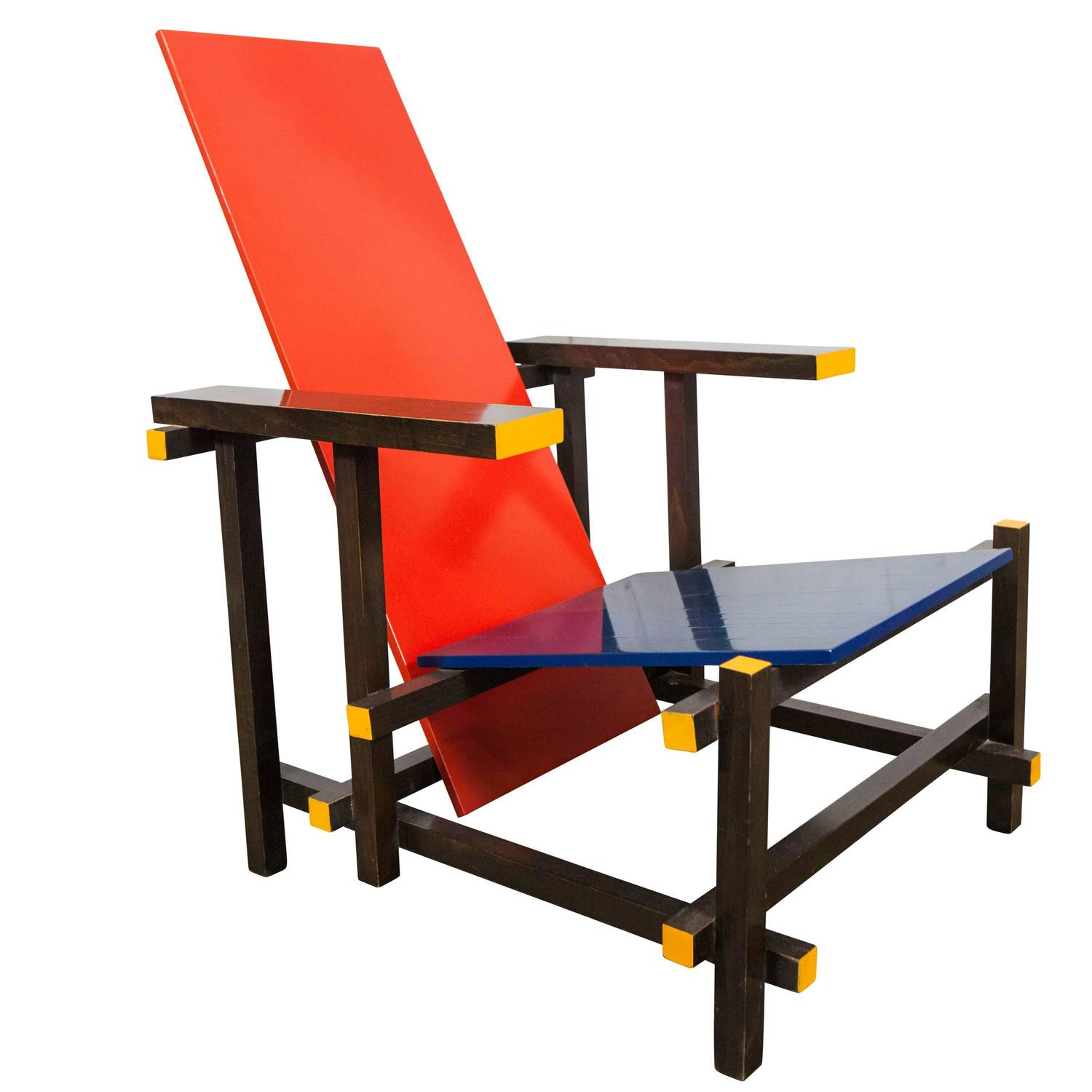Gerrit Rietveld Red Blue Chair by Cassina, Italy, 1980 For ...Gerrit Rietveld Chair
