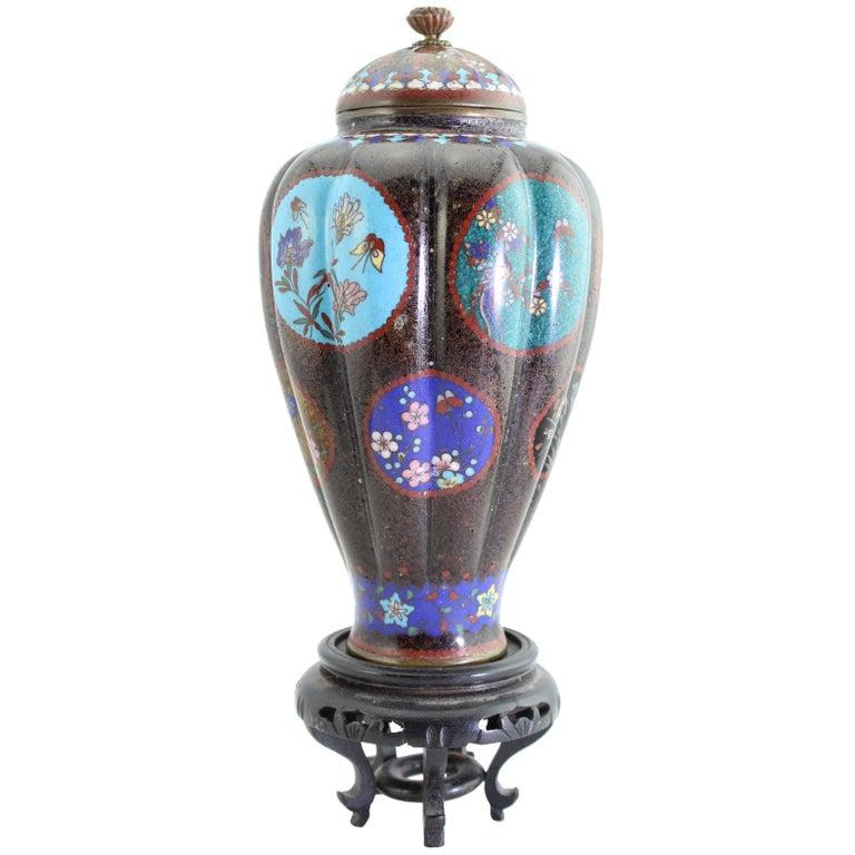 Antique Meiji Japanese Cloisonne Vase, circa 1890   For Sale