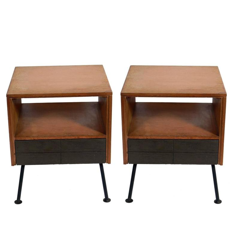 Pair of Clean Lined Nightstands or End Tables by Raymond