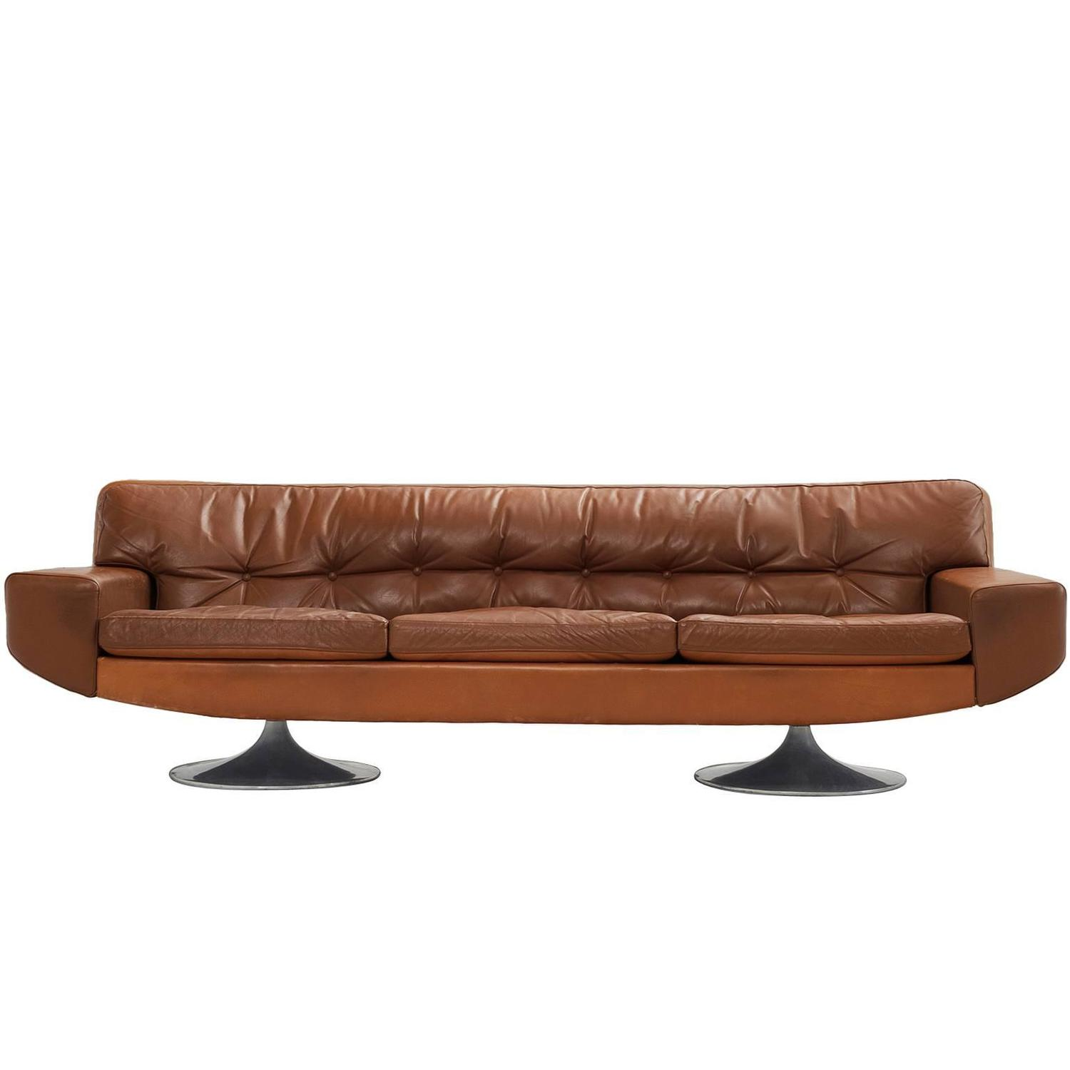 three seather sofa in cognac leather for sale at 1stdibs. Black Bedroom Furniture Sets. Home Design Ideas
