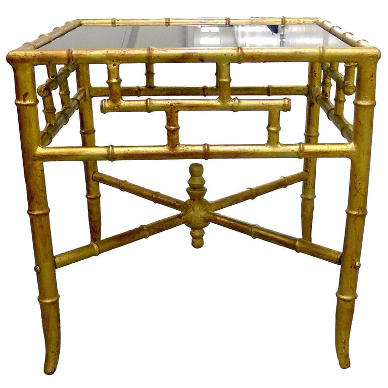 Charmant Gold Gilt Chinoiserie Bamboo Style Side Table For Sale
