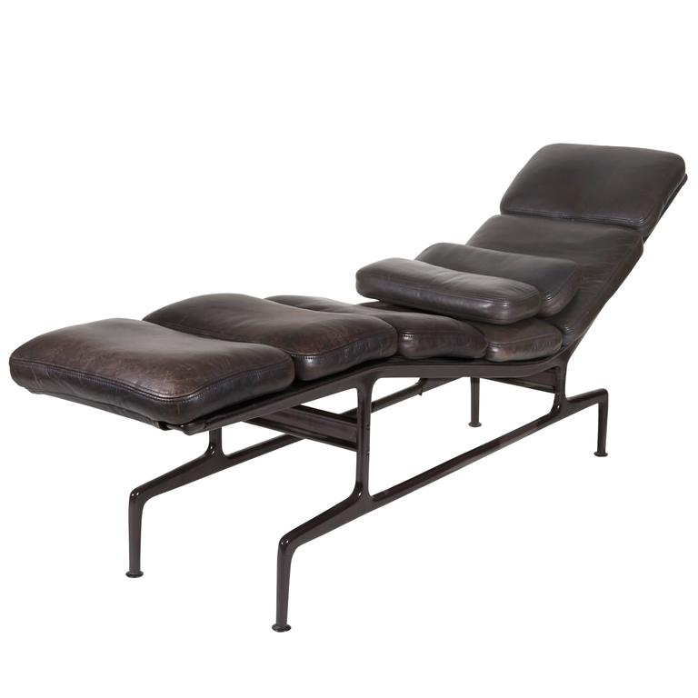 Billy wilder chaise by charles and ray eames at 1stdibs - Charles eames chaise ...