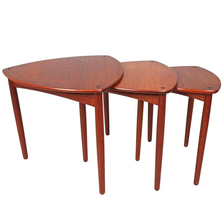 Set of Three Nesting Tables by A Bender Madsen and Ejner  : DSC00652orgl from www.1stdibs.com size 768 x 768 jpeg 28kB