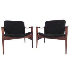 Mid-Century Modern Fredrik Kayser Lounge Chairs