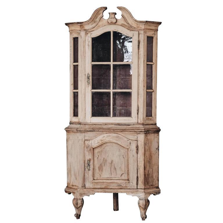 18th Century Swedish Rococo Corner Cabinet For Sale