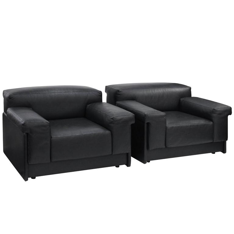 "Pair of ""Raphael Lounge Chairs"" in Black Leather by Harvey Probber 1"