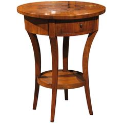 Italian Round Side Table with Cube Parquetry Inlay from the Early 19th Century