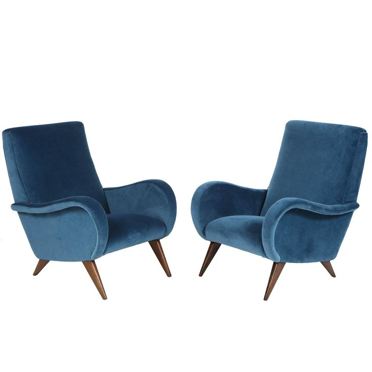 Pair of Mid-Century Italian Marco Zanuso style Armchairs in Blue Velvet For Sale