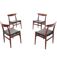 Set of Four Hans Wegner Teak Dining  Chairs Leather Upholstery