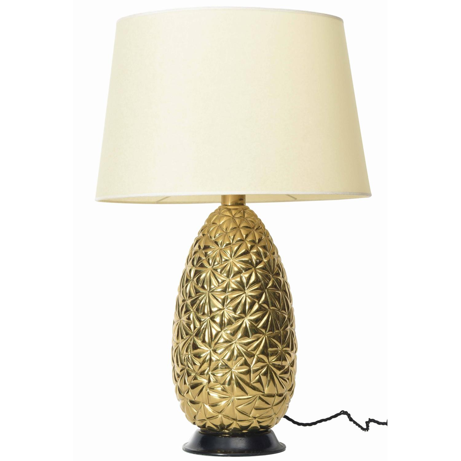 brass pineapple table lamp for sale at 1stdibs. Black Bedroom Furniture Sets. Home Design Ideas